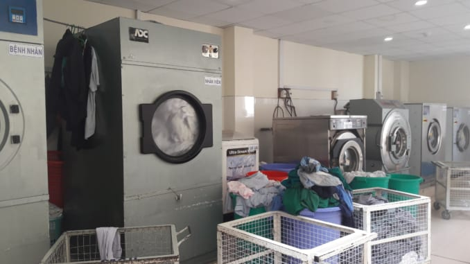 Máy giặt công nghiệp có quan trọng đối với bệnh viện