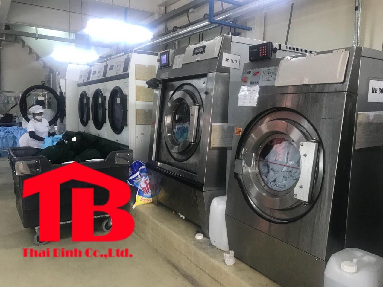 Máy giặt quần áo công nghiệp hiệu quả cho xưởng giặt là
