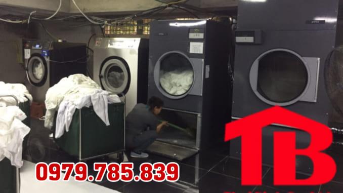 máy sấy chăn công nghiệp